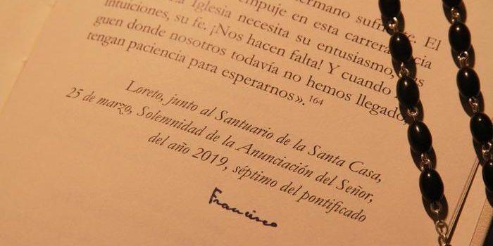 LORETO (ANCONA), 27 MAR - Papa: esortazione firmata a Loreto esposta in Museo.